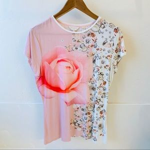 Ted Baker London Tops - Ted Baker London fitted Jewels Rose tee size Us 10